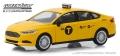 [予約]グリーンライト 1/43 フォード フュージョン 2013 NYC Taxi
