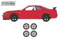 [予約]グリーンライト 1/64 The Hobby Shop Series 4 - 2002 日産 スカイライン GT-R (R34) with Spare Tires