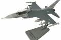 [予約]エアフォースワン 1/100 F-16C ファイティング ファルコン