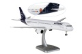 """[予約]hogan wings 1/200 A321 ルフトハンザ """"Flensburg""""  ※プラスチック製・スナップフィット、ランディングギア・スタンド付属"""