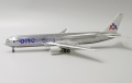 JC WINGS 1/200 767-300ER アメリカン航空 OneWorld Livery N395AN With Stand