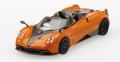 [予約]【お1人様5個まで】MINI GT 1/64 パガーニ ウアイラ ロードスター オレンジ/ブラック(右ハンドル)