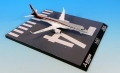全日空商事 1/200 MRJ90 JA21MJ 飛行試験機初号機 名古屋空港RWY34ベースつき