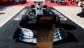 [予約]Spark (スパーク) 1/43 Mercedes-AMG Petronas Motorsports F1 Team No.44 2nd USA GP 2019 Mercedes-AMG F1 W10 EQ Power+ 2019 Formula One Driver Champion Lewis Hamilton Special Platform With Pit Board