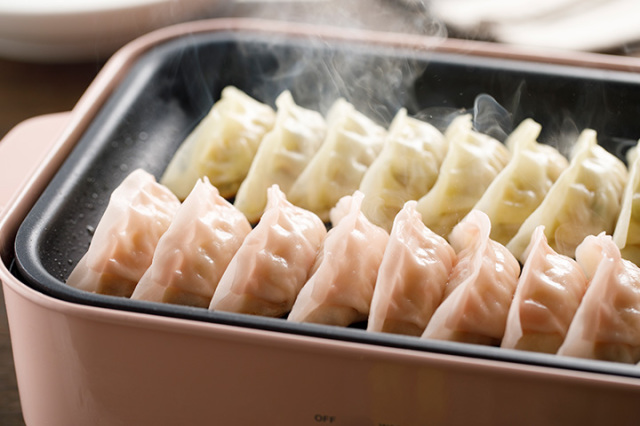 冷凍餃子・炒飯セット(8番餃子・海老餃子・8番炒飯)(送料込み)