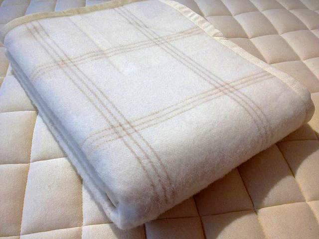 カシミヤ混ウール毛布