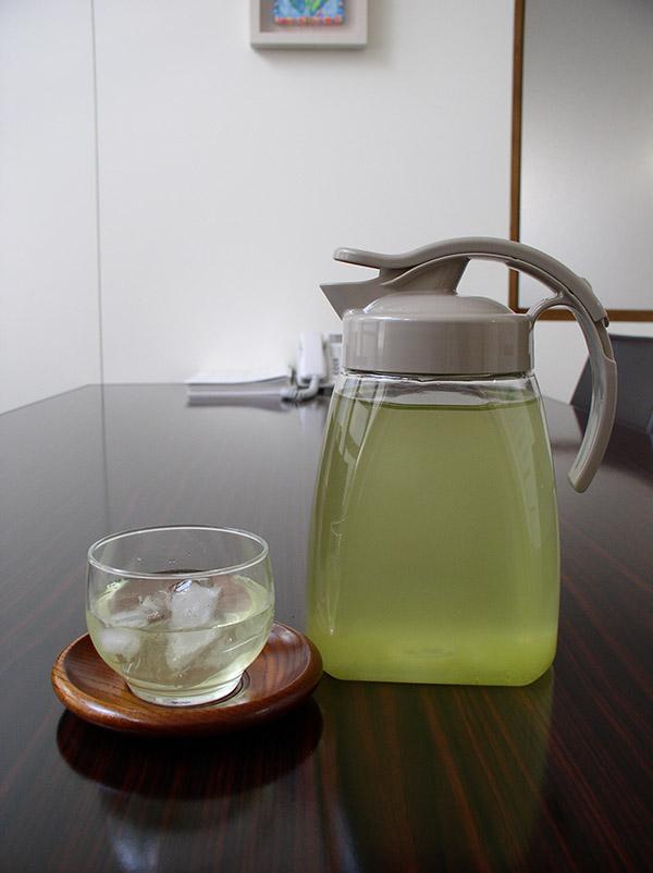 エンバランス・タテヨコピッチャーお茶