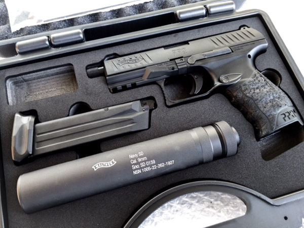 Walther/StarkArms PPQ Navy GBBハンドガン DX (BK)