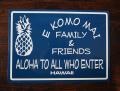スチール看板 E KOMO MAI  FAMILY & FRIENDS ブルー
