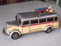 ブリキのミニチュアカー サーフボンネットバス シルバー