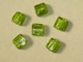 ベネチアン風ガラス 正方形 約12×5mm 黄緑色