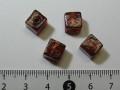 ベネチアン風ガラス キューブ 約8×8mm 赤茶色