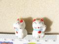 陶器ビーズ 招きネコ 約14mm×18mm 白色