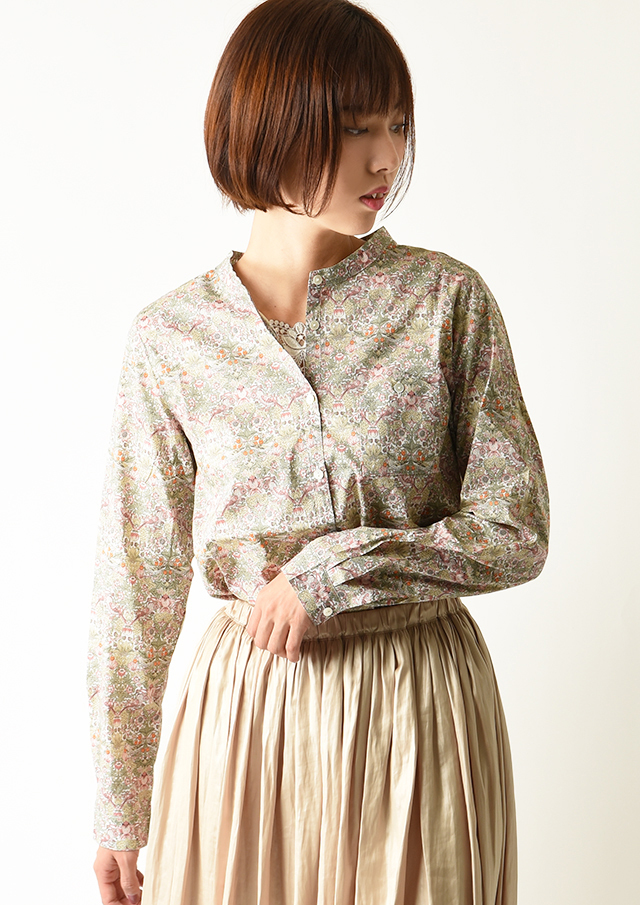 ◆リバティクルーネックパッチポケット付きシャツ【2032023】【27】