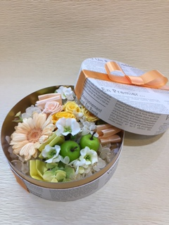 プリザーブドフラワー ガーベラ バラ イエロー BOX入り [P-5000-4]