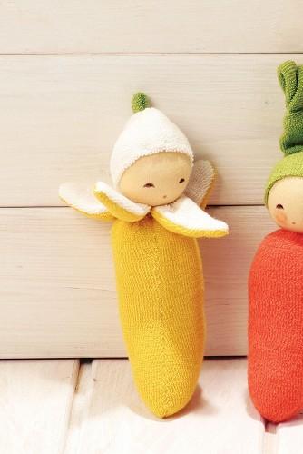布のおもちゃ ナンヒェン(NANCHEN) NAラトル・バナナ