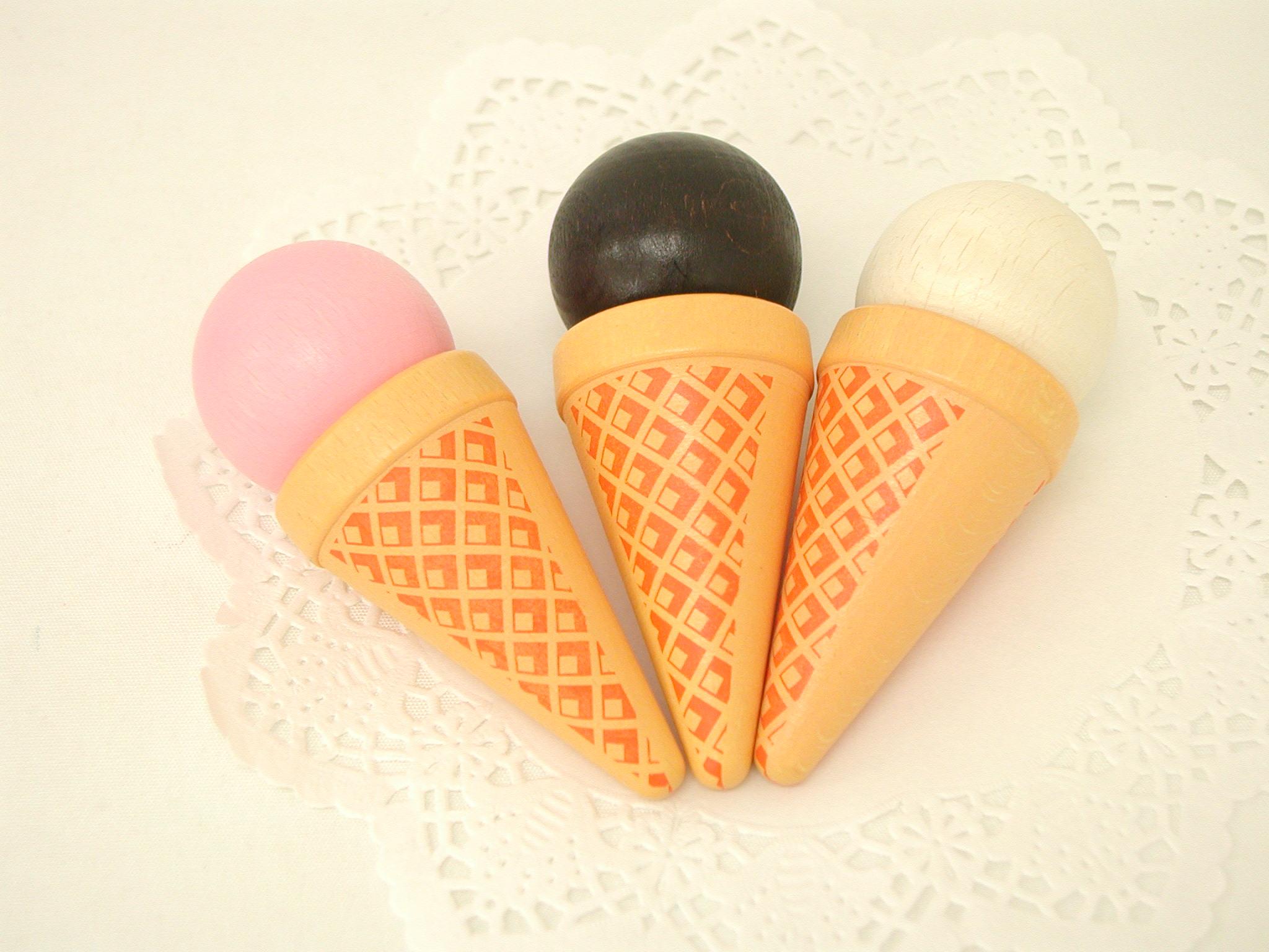 ままごと・食材 エリツィ社(Erzi) アイスクリーム