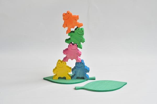 木のおもちゃ杢 かえるくん5匹セット(カラー)