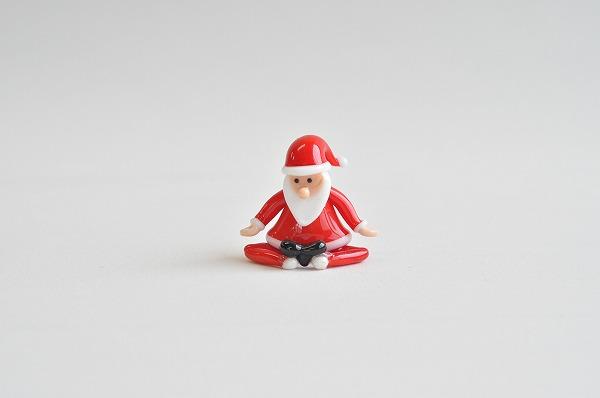 クリスマスインテリア カーサボニータ アートオブグラス社 ヨガサンタ