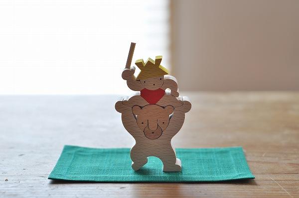 五月人形 遊プラン・小黒三郎 クマ乗りかぶと坊や(小)