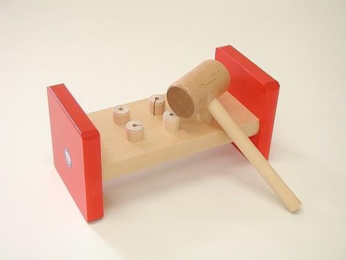 叩くおもちゃ ユシラ社(JUSSILA) ハンマートーイ 赤