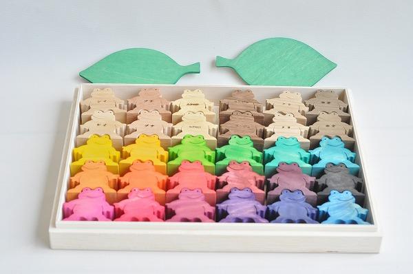 木のおもちゃ杢 かえるくん30匹セット(カラー&ナチュラル)