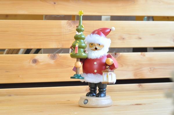 【1体のみ入荷】 煙だし人形・サンタとツリー