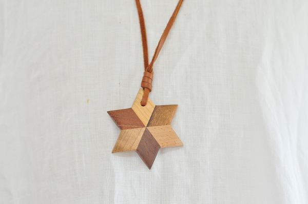 【白谷工房】寄木の星形ペンダント