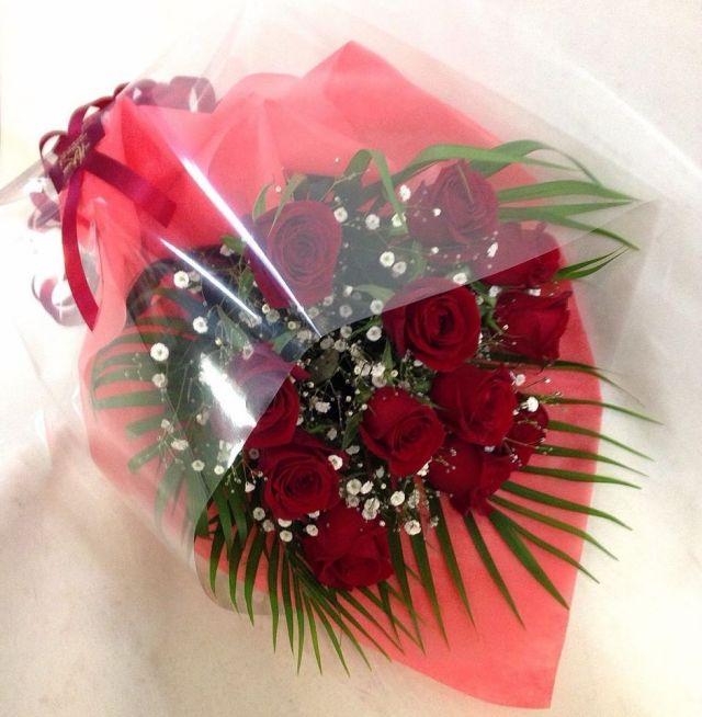 【花束:ブーケタイプ】赤バラとかすみ草