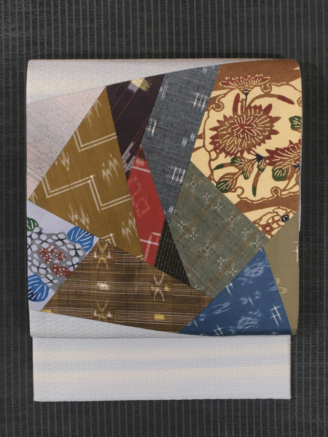 花織に琉球絣と紅型の切りばめ 両面リバーシブル 洒落袋帯
