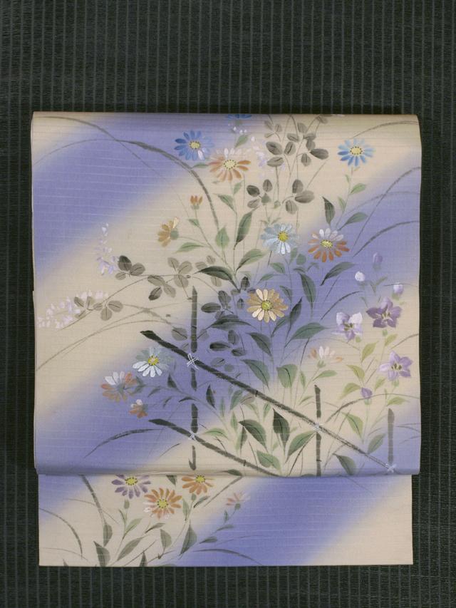 斜め縞に秋草文様 手描き染めに手刺繍 絽 名古屋帯