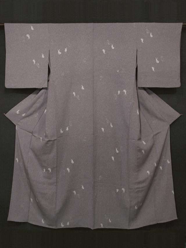 蒔糊(まきのり)地に兎文様 型染め 小紋 単衣