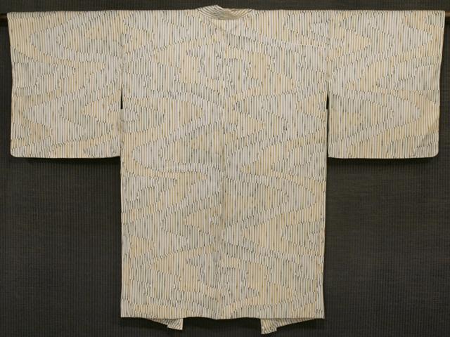 白色地 縞の地紋に流水に竹縞文様 型染め 羽織 単衣