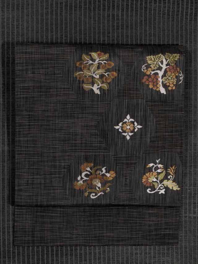 亀甲に唐花文様 織り名古屋帯
