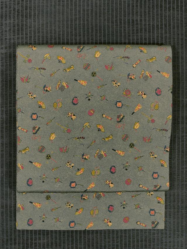 鮫小紋に玩具と縁起物文様 型染め 名古屋帯