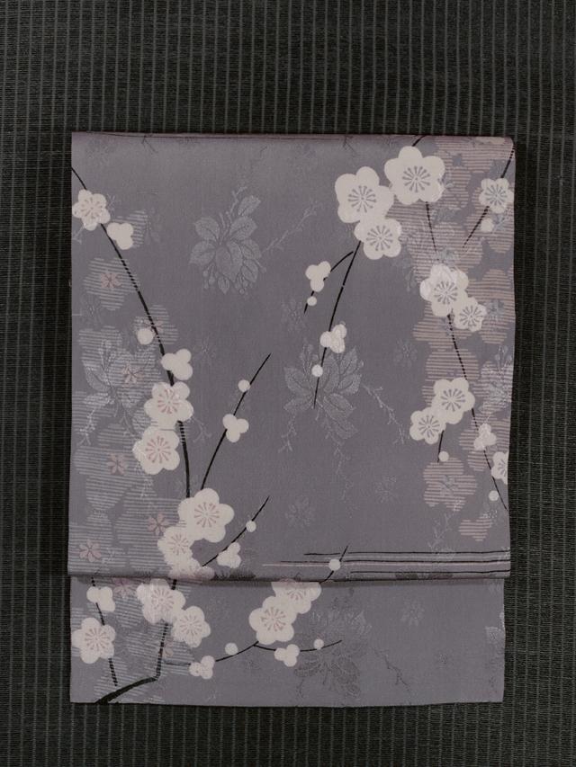 花の地紋に梅文様 型染め 名古屋帯