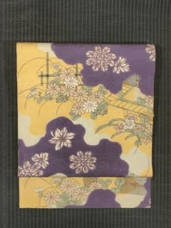 雲取りに草花文様 型染め 名古屋帯