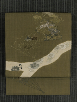 扇に草花文様 手刺繍  名古屋帯