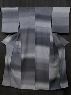 斉藤 三才作  観世水文にぼかし染め  縦絽 単衣