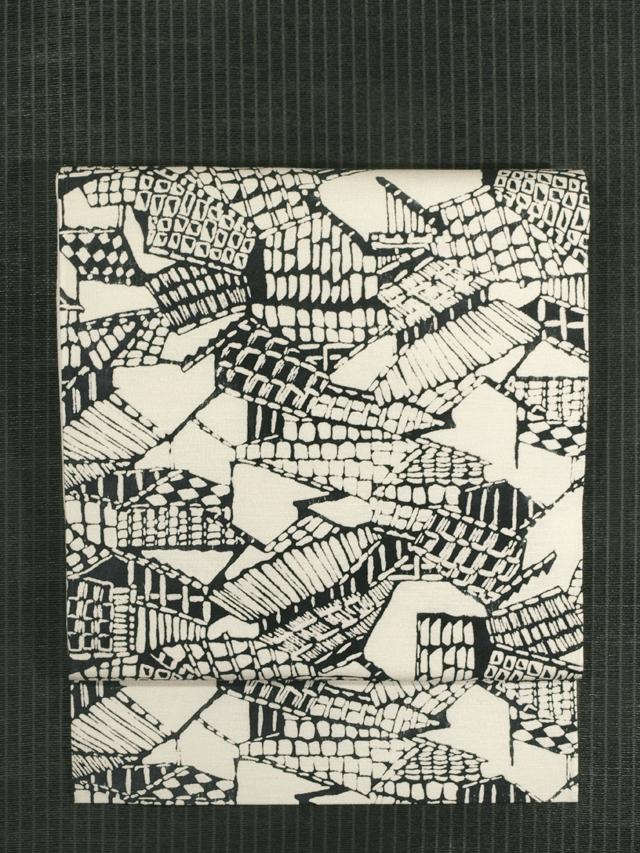 屋根瓦文様 型絵染 紬 名古屋帯