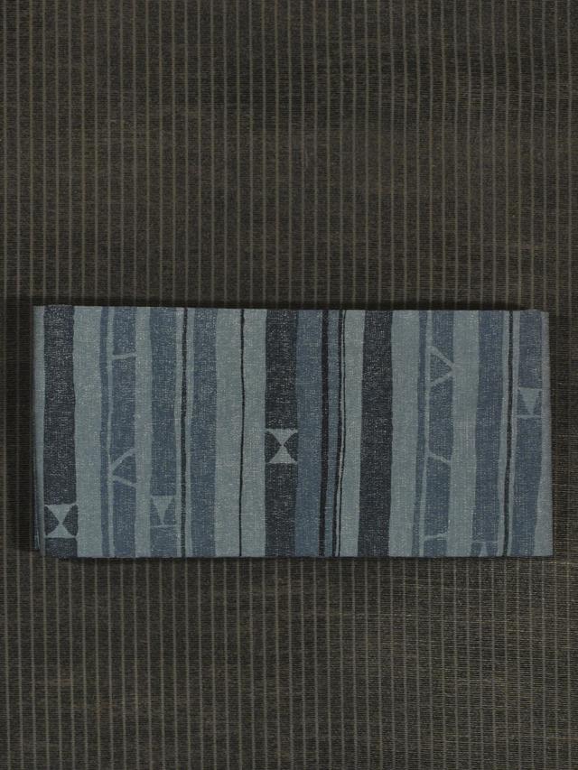 縞に幾何学文様 型染め 半巾帯