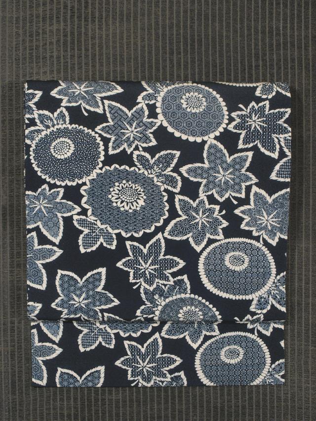 菊と楓に小紋文様 型染め 名古屋帯