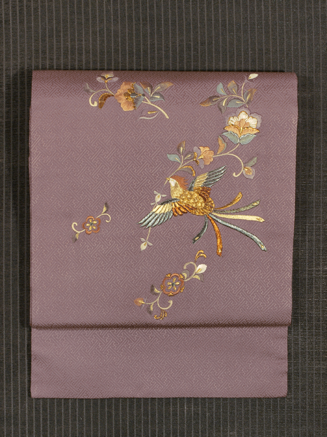 紗綾型の地紋に花喰い鳥文様 刺繍  名古屋帯