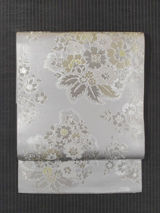川島織物製 白銀色地 唐花草文様 西陣織 袋帯