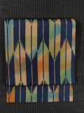 ぼかし染めに矢羽根文様の型染め 名古屋帯
