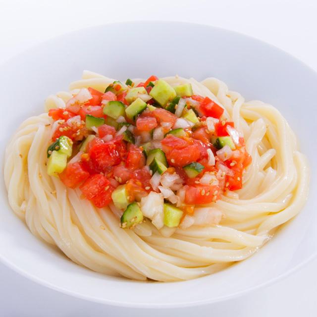 トマトぽん酢つゆ 調理例 トマトサラダうどん