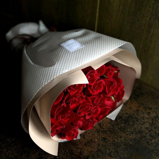 21本のバラの花束-あなただけに尽くします-red