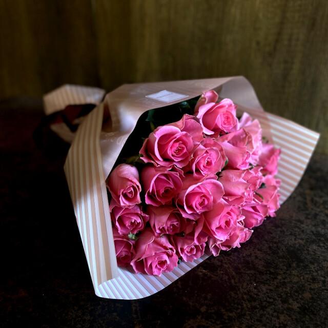 21本のバラの花束-あなただけに尽くします-white