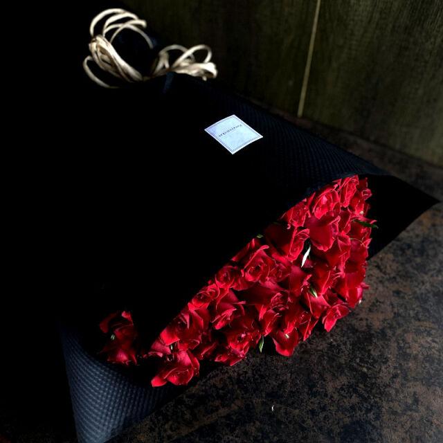 44本のバラの花束-不変の愛を誓う-red