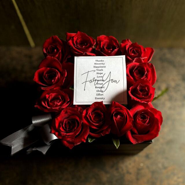 ボックスアレンジメント ダズンローズ(dozen rose)red